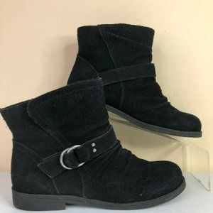 Bass Jordan Black Suede Pull On Ankle Boots